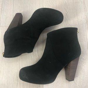 "STEVE MADDEN ""Naples"" Black Leather Boots Sz 7"